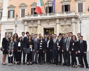 Foto di gruppo degli Alfieri 2015 in visita alla Camera dei Deputati