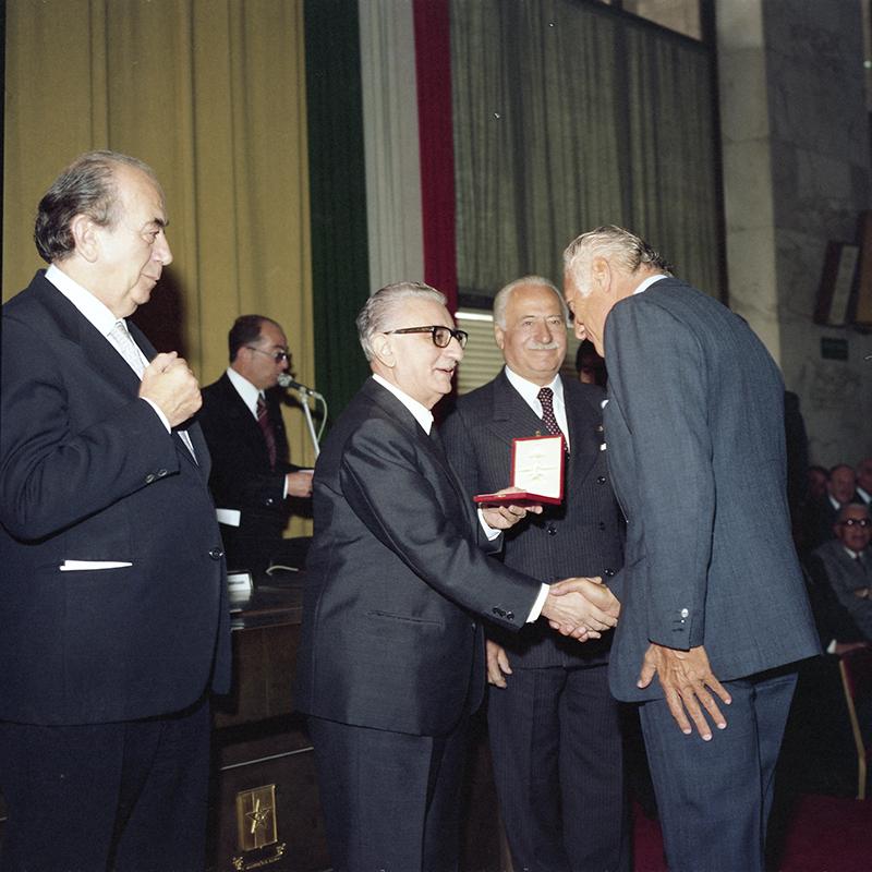 Agnelli 1977 -Cerimonia di consegna dell'onorificenza_Palazzo_delle_Civiltà
